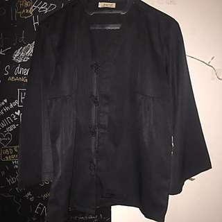 Blouse Hitam (warna)