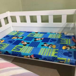 Bed frame for baby