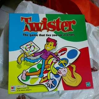 Twister 扭扭樂