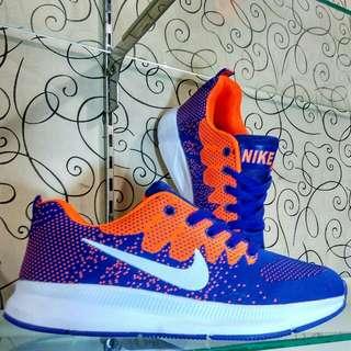 Sepatu sport / running Nike zoom import