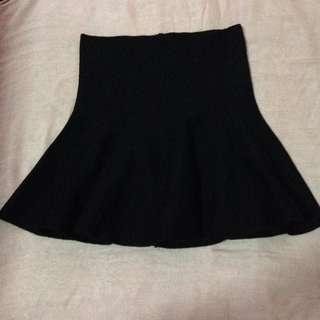 BN High Waisted Ruffle Skirt