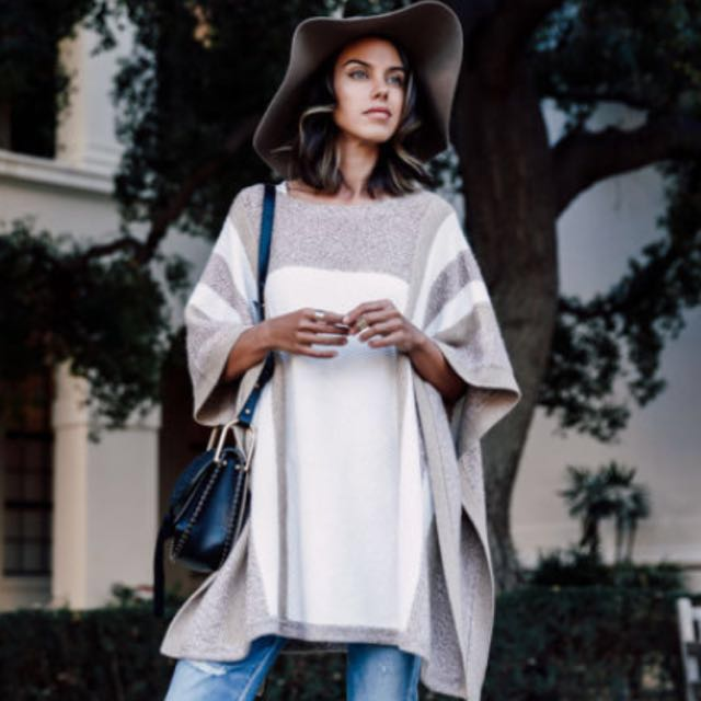 $279 CLUB MONACO Wool Poncho Cape White Sweater new with tags