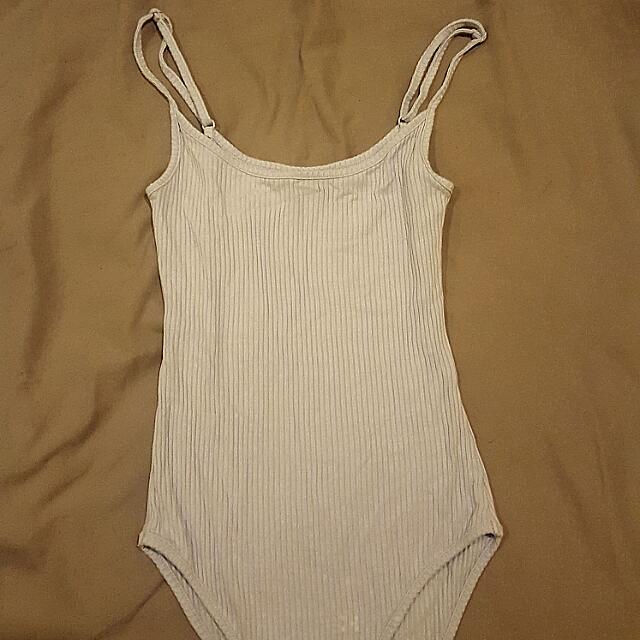 2 x Bodysuits