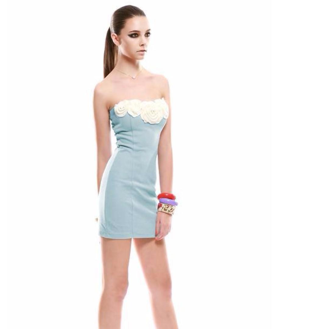 cc845395c1 3D Pearl Rose Tube Dress‧ Light Blue