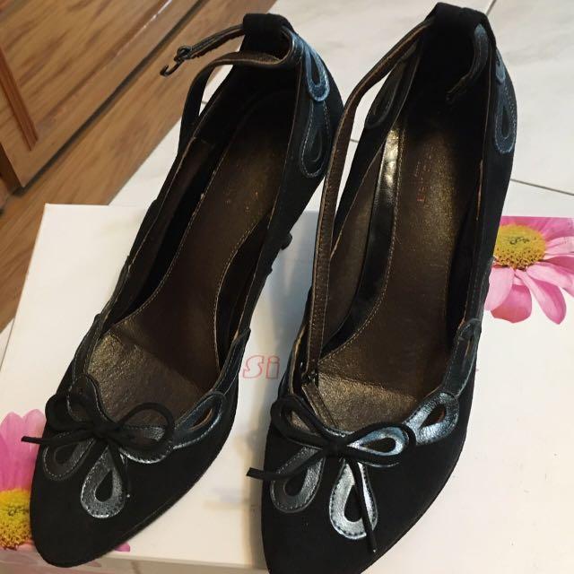 黑色蝴蝶結低根鞋