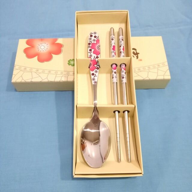 (可加購)全新 家和富貴 花卉圖騰餐具組 粉色