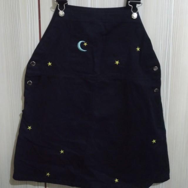 日系 深藍 星星 月亮 刺繡 吊帶 裙 #交換最划算