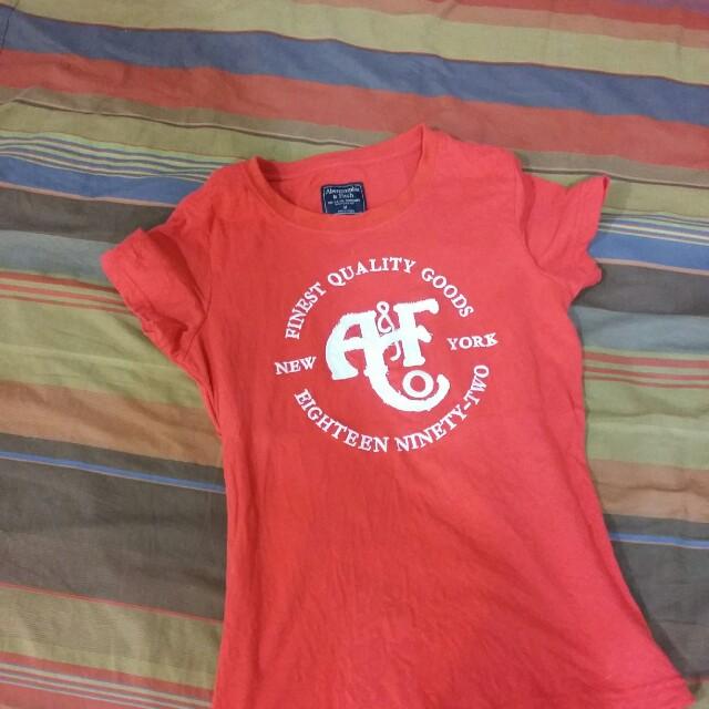 A F T恤