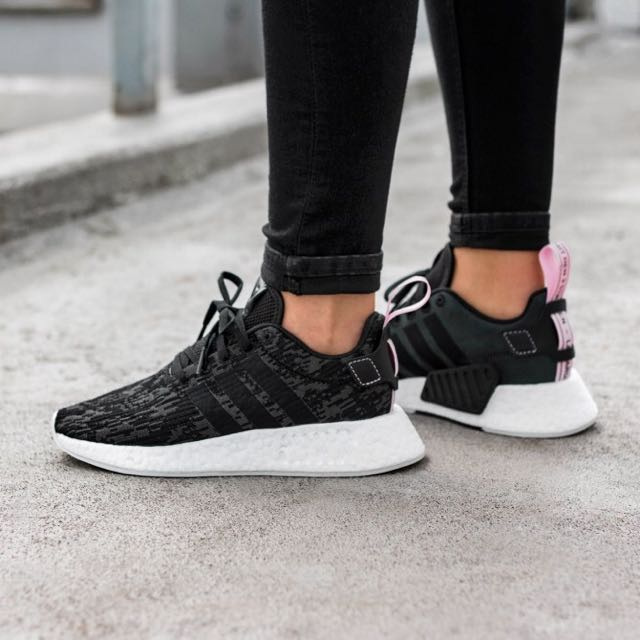hot sales 17c27 04216 Adidas NMD r2 Women (Core Black/Wonder Pink), Women's Fashion, Shoes ...