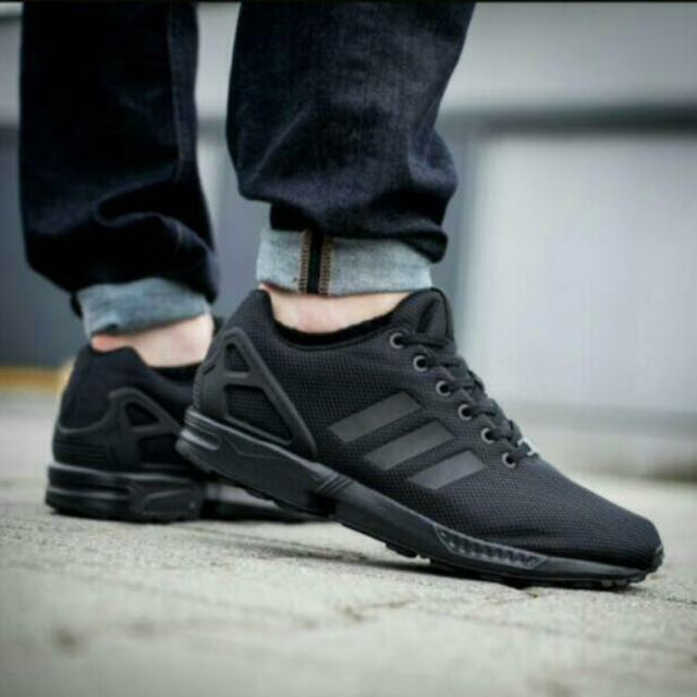 purchase cheap 82307 0af23 Adidas ZX Flux Full Black Size 7, Men s Fashion, Footwear on Carousell
