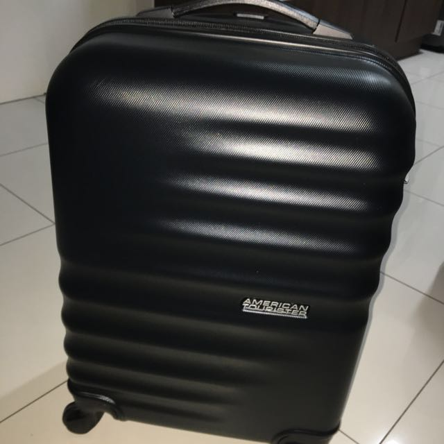 American Tourister Spinner luggage