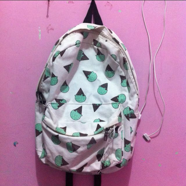 backpack eskrim