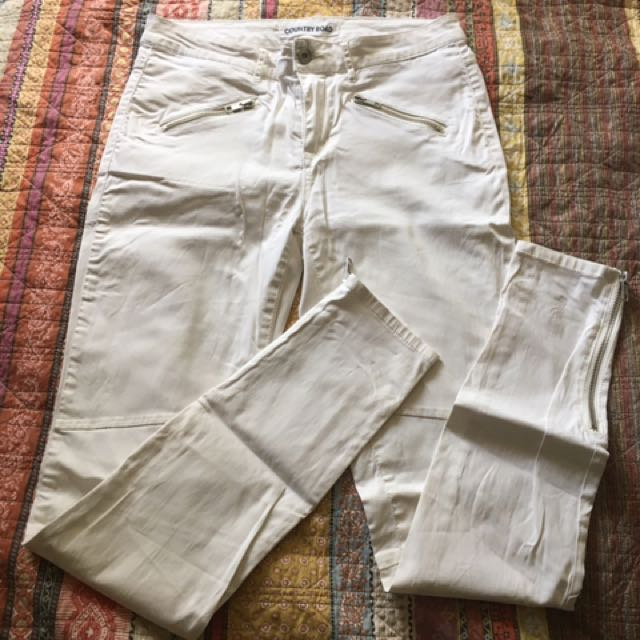 Country road white pants