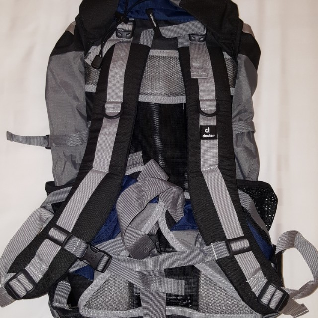 Deuter bag beg 50+10 60 Hiking backpack back pack posture support