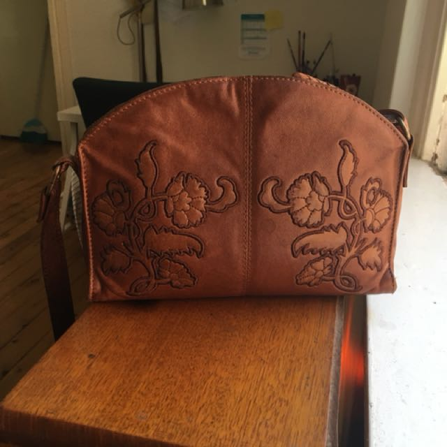 Embroidered cross-body purse