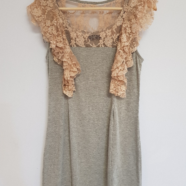 FATE grey and lace tshirt dress size 8