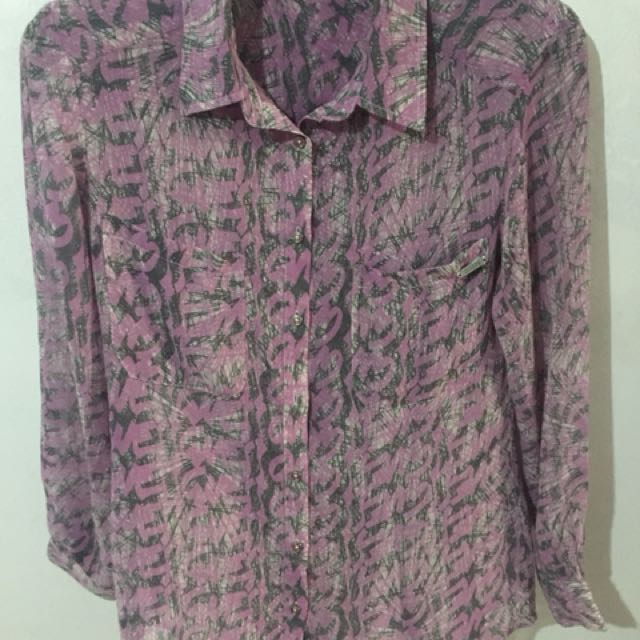GUESS let loose pattern shirt