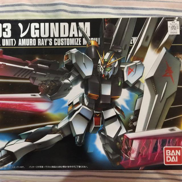 HG 1/144 RX-93 NU gundam (Bandai)