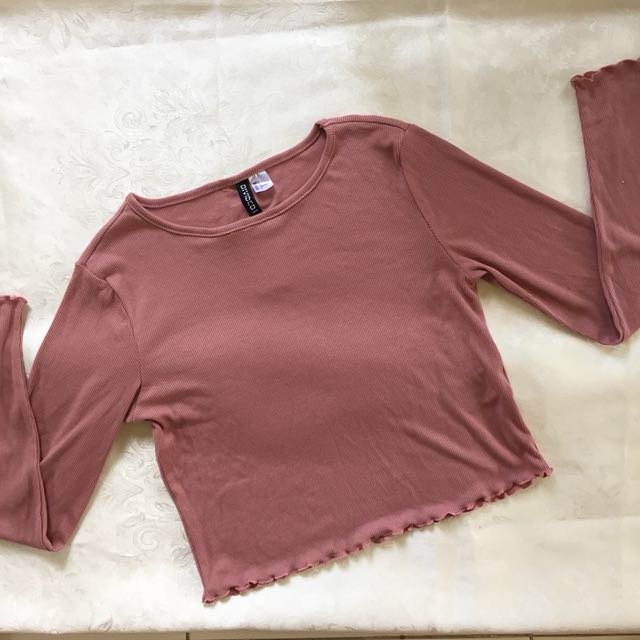 H&M Cropped Pullover (MEDIUM SIZE LEFT)