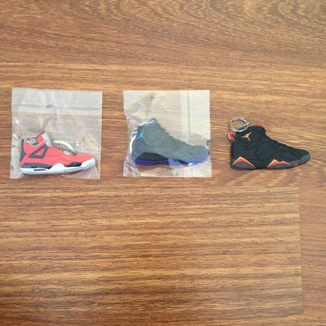 Jordan shoe keychains