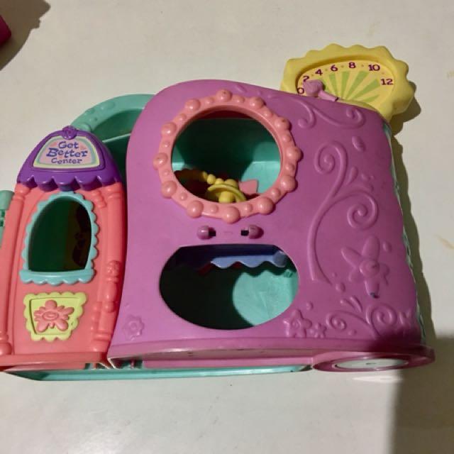 Littlest Petshop play house