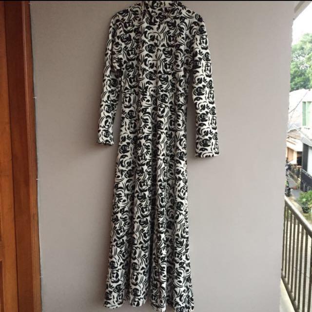 Long Dress Black & White
