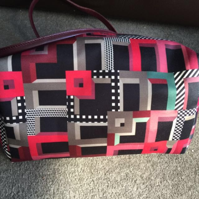 Longchamp bag lepliage art walk opera red