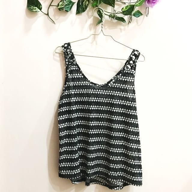 Loose tank Tribal HnM