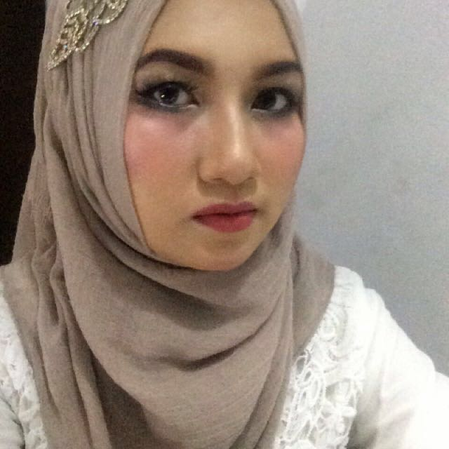 Make up for graduation / party / prewed