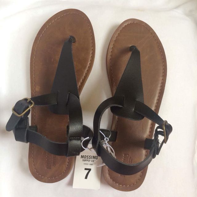 137e64c88 Mossimo Sandals Original