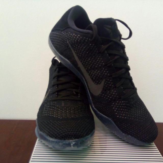 cheap for discount b2a14 27787 Nike Kobe 11 Elite Low Triple Black Size 9, Men s Fashion, Footwear ...