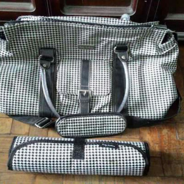 Preloved Baby Couture Houndstooth Diaper Bag With Mat