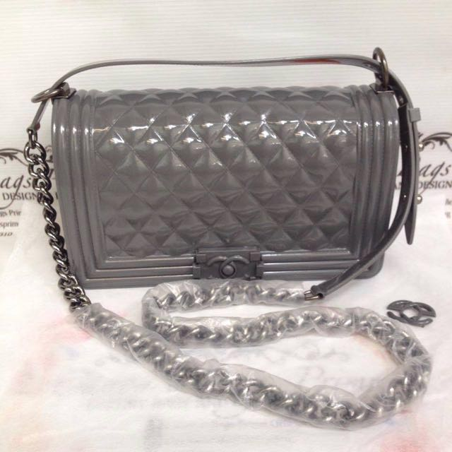 e9c112d8e706 REDUCED) Chanel Toyboy Jelly Bag