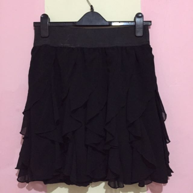 Rimple Skirt Black
