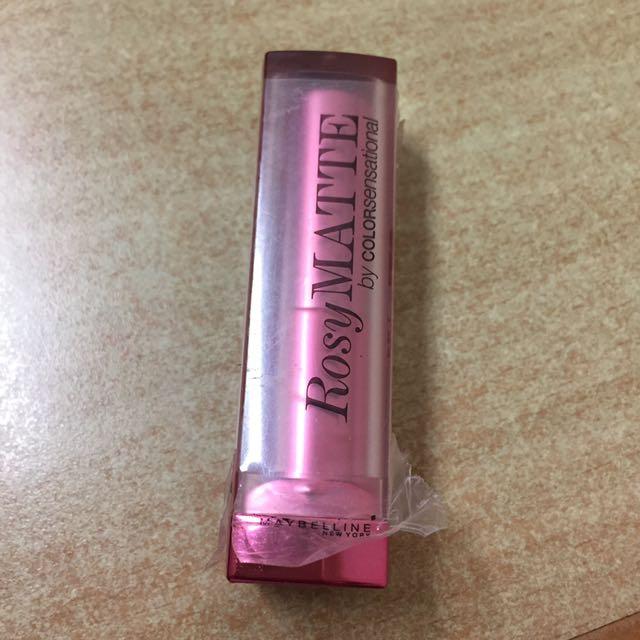 Rosy matte maybelline lipstick
