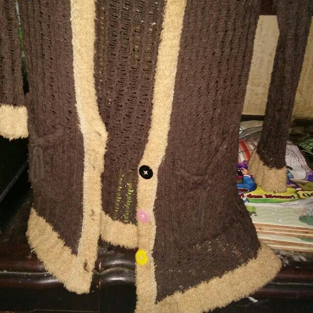 Sweater rajut bahan wool