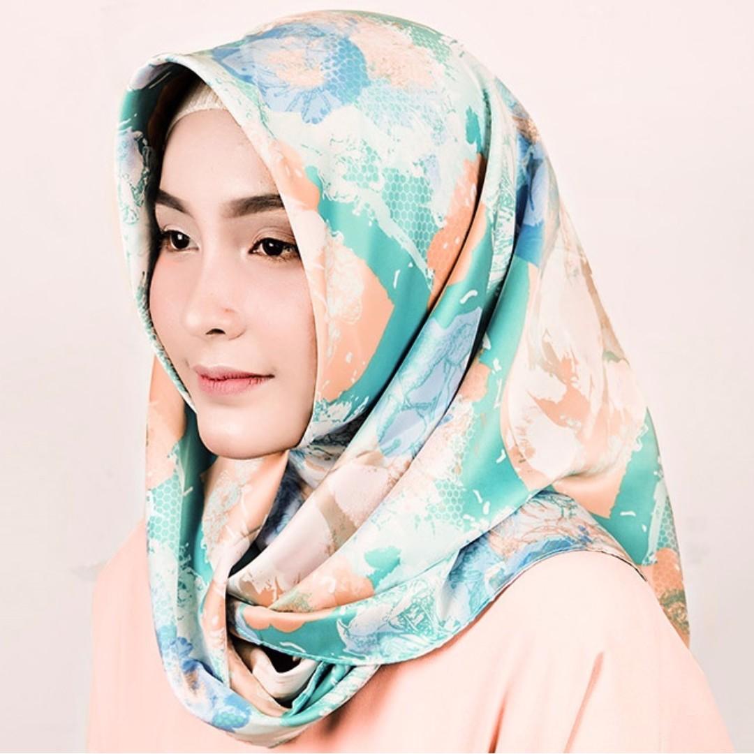 Syal & Scarf Almeira Hijab Maxmara Lux Pastel Pattern - kerudung segi empat motif