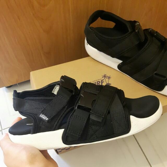 VANS涼鞋