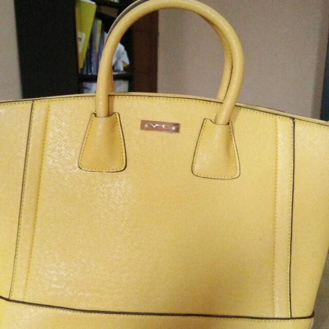 Vnc Yellow Bag