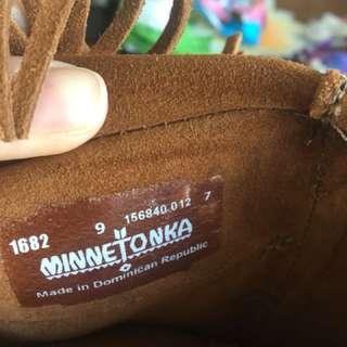 Minetonka tassel boots