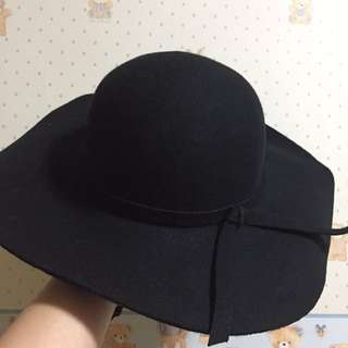 Black Hat made with 100% Wool