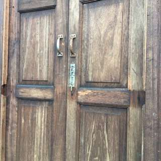 tingkap antik rumah melayu lama kayu cengal