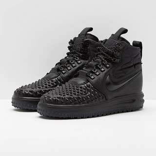cd5eb4bca499 Nike Lunar Force 1 Duckboot 17