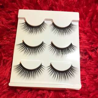 3 pairs on false lashes