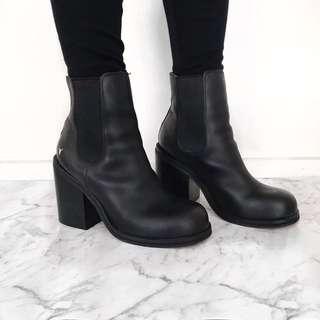 Windsor Smith Boots sz 9