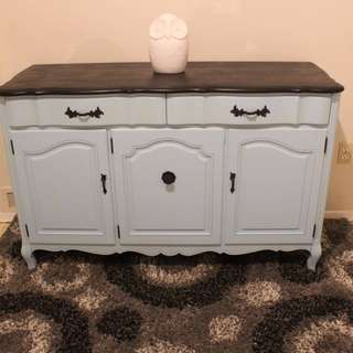 BEAUTIFUL BLUE AND BLACK SIDEBOARD