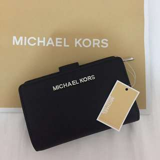 💯AUTHENTIC Michael Kors Black Leather Wallet BRAND NEW