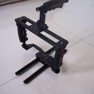 DSLR cage / stabilizer