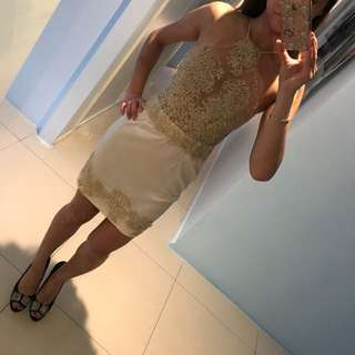 Champagne lace dress Sz XS