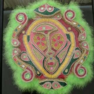 Topeng Black Indian Mardi Gras lengkap dengan sertifikat keaslian